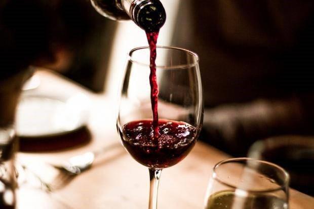 Uống rượu giúp não hoạt động tích cực hơn - 1