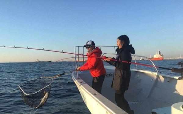 Chuyến câu cá là một phần trong chương trình thực tập tại CyberBuzz.