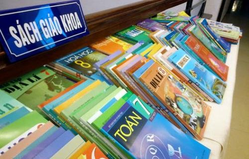 Ổn định thị trường sách giáo khoa phục vụ năm học mới - 1