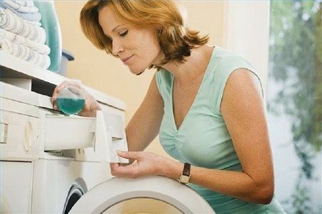 Sai lầm khi dùng nước xả vải nhiều người thường mắc phải - 2