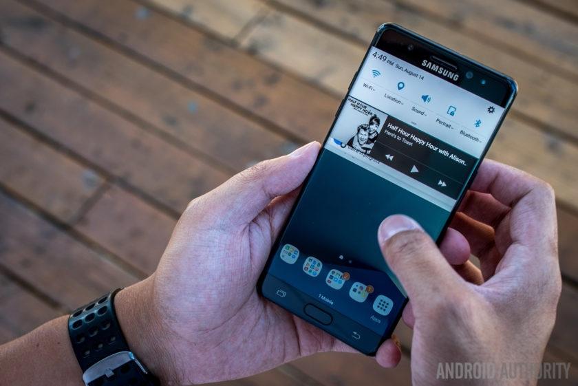 Galaxy Note FE xách tay khó về Việt Nam sớm bởi lệnh cấm bay? - 1