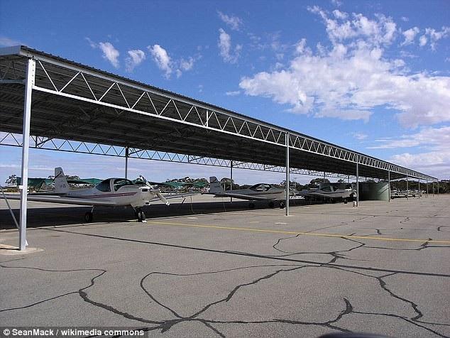 China Southern Airlines được cho là sẽ sớm mua lại toàn bộ quyền sở hữu sân bay Merredin Aerodrome trong 100 năm. (Ảnh: Wikimedia)