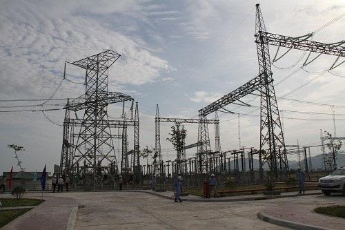 Sân phân phối SPP 500kV Trung tâm Điện lực Vũng Áng.