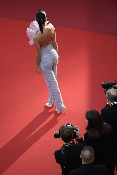 Sara Sampaio cao 1,73m là siêu mẫu áo tắm đình đám hiện nay