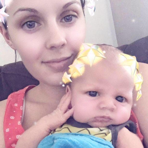 Bà mẹ từng trải qua 3 lần sinh mổ và muốn lần thứ tư mình được tham gia nhiều hơn vào quá trình sinh con.