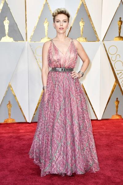 Dập dìu người đẹp trên thảm đỏ Oscar 2017 - 24