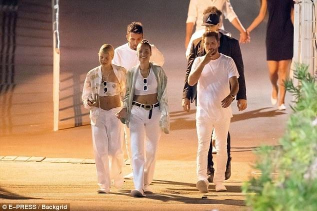 Cô con gái của Lionel Richie từng hò hẹn với một anh chàng hư hỏng khác là Justin Bieber.