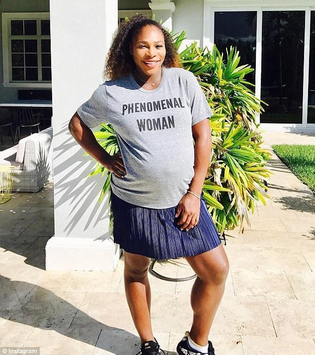Con gái của tay vợt đình đám nặng 3,1 kg khi chào đời. Serena Williams chưa tiết lộ giới tính của con