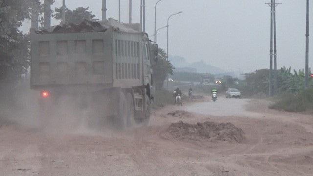 """Xe quá tải """"lộng hành"""" bất thường, Chủ tịch tỉnh Bắc Giang chỉ đạo làm rõ! - 2"""