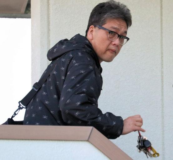 Nghi phạm Shibuya Yasumasa bị bắt vào sáng nay, 14/4 (Ảnh: Asahi)
