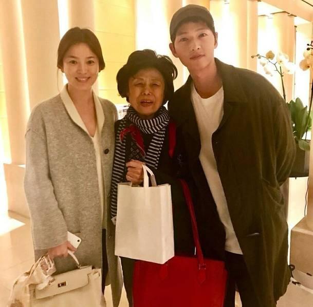 Song Hye Kyo và Song Joong Ki đã chuẩn bị xong cho đám cưới diễn ra vào ngày 31/10 tại Seoul, Hàn Quốc.