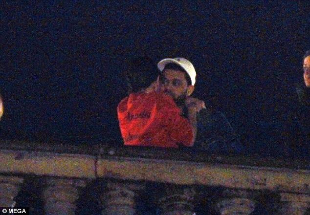 Selena Gomez và tình mới tiếp tục khám phá nước Ý - 9