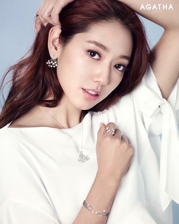 13 – Park Shin Hye