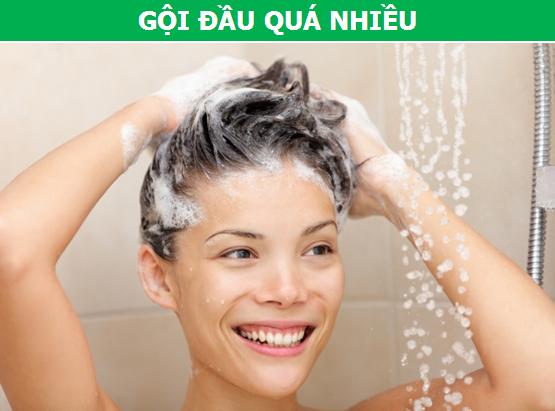 Những thói quen thường gặp ở người Việt khiến tóc dễ bị hư tổn - 3