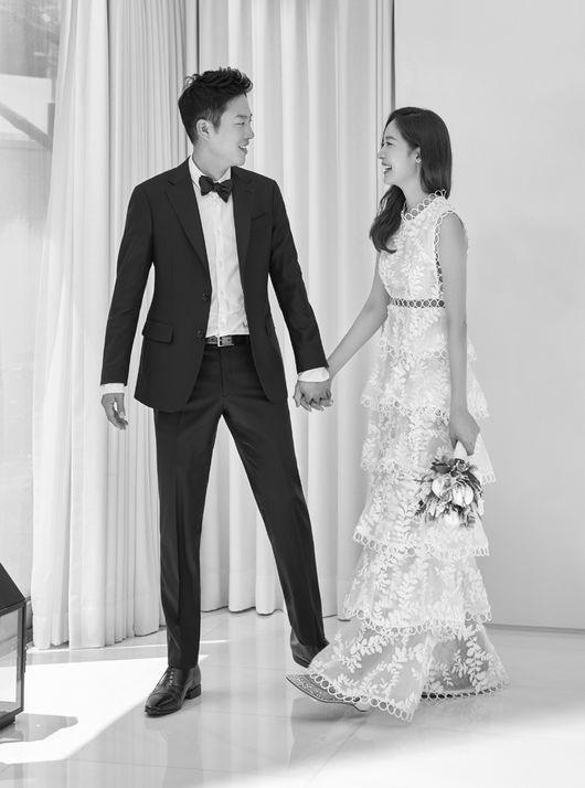 Sung Yuri và chồng đã quen nhau 4 năm.