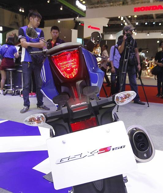 Suzuki GSX-S 150 khởi điểm từ 68,9 triệu đồng - 4