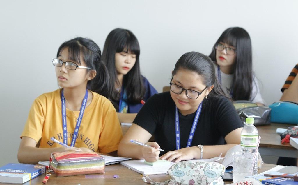 Trường ĐH Kinh tế - Luật lần đầu xét tuyển thí sinh quốc tịch nước ngoài - Ảnh 1.