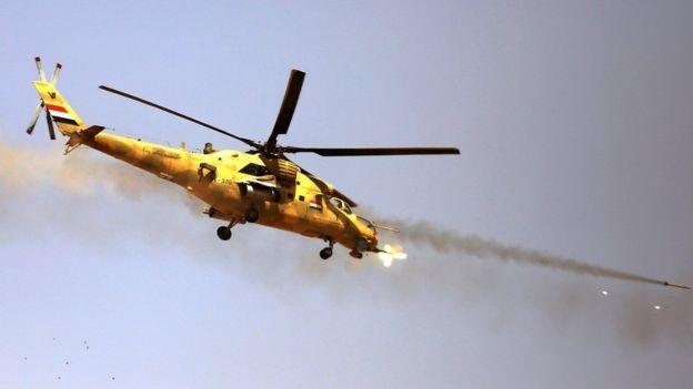Máy bay của các lực lượng Iraq tấn công mục tiêu IS từ trên không (Ảnh: EPA)