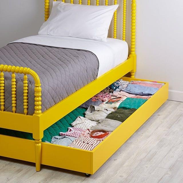6 ý tưởng cất giữ đồ thông minh dưới gầm giường của bé - 1