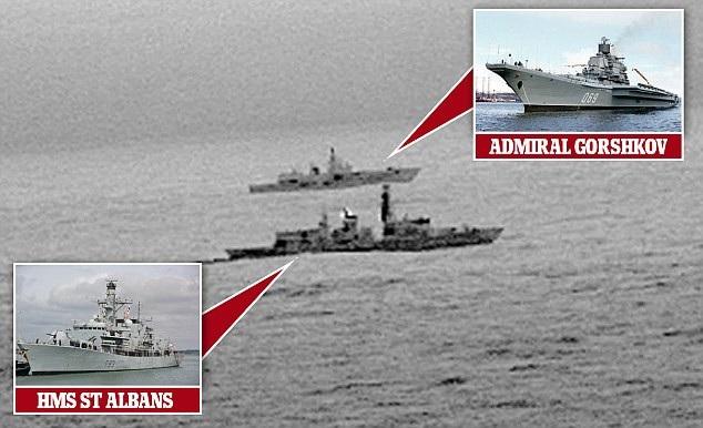 Tàu khu trục Anh HMS St Albans theo sát chiến Nga Đô đốc Gorshkov ở Biển Bắc (Ảnh: Dailymail)