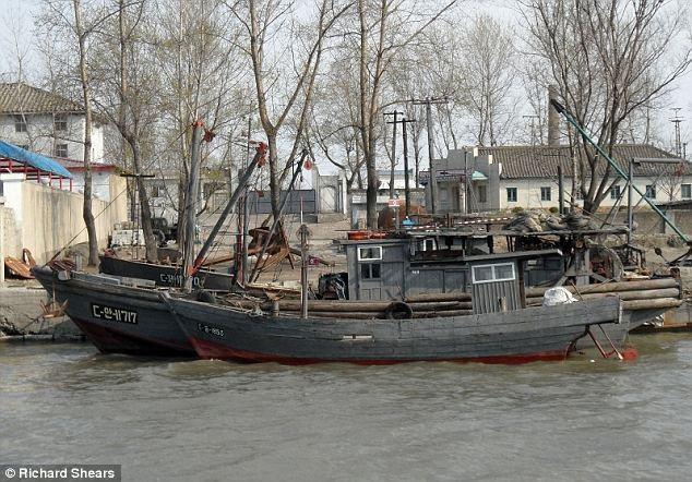 Một tàu cá Triều Tiên. (Ảnh minh họa: Dailymail)