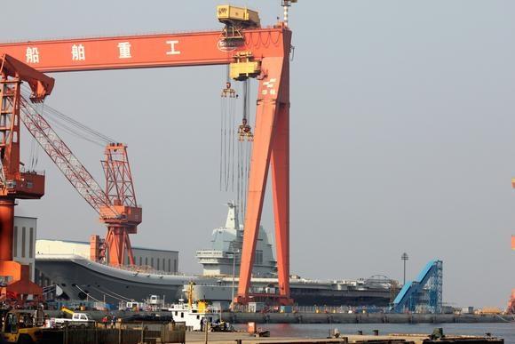 Khu vực nhà máy đóng tàu Đại Liên - nơi Trung Quốc đóng tàu Type 001A (Ảnh: Nikkei)