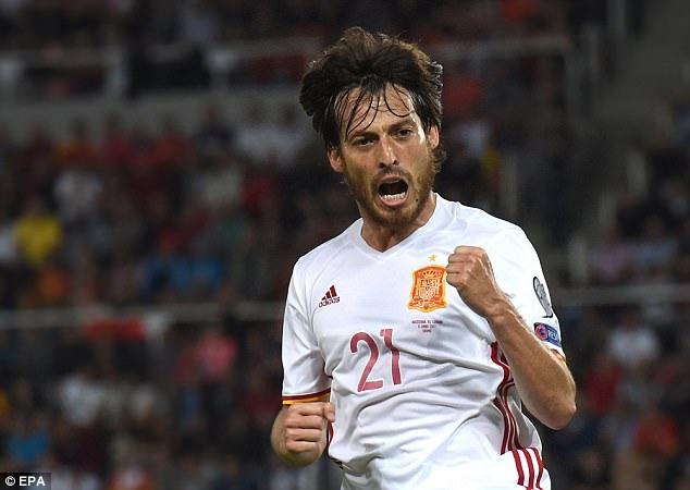 David Silva đang là cầu thủ hay nhất của Tây Ban Nha ở vòng loại năm nay