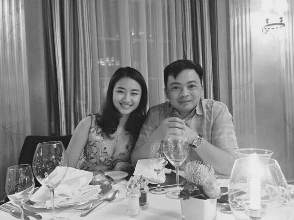 Hoa hậu Phan Thu Ngân khoe ảnh ngày xưa của vợ chồng mình