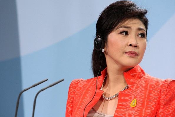 Tòa án buộc bà Yingluck phải bồi thường số tiền thất thoát trong ngân sách lên tới hàng tỷ USD. Bản thân bà cũng bị quản thúc, cấm xuất cảnh và thường xuyên đối mặt với những phiên điều trần. Tuy nhiên, bà Yingluck vẫn tuyên bố vô tội và khẳng định chính sách của bà chỉ nhằm giúp đỡ nông dân Thái. (Ảnh: AFP)