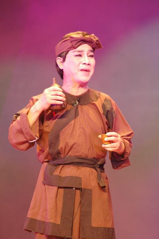 Và trên sân khấu trong những năm sau này cũng với vai diễn Trần Minh