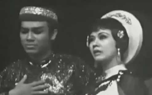 Cố nghệ sĩ Thanh Sang và Thanh Nga thời kỳ nổi tiếng