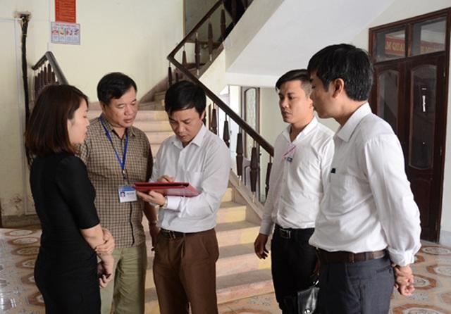 Đoàn kiểm tra liên ngành kiểm tra việc chấp hành kỷ luật, kỷ cương tại Sở Ngoại vụ Nghệ An (ảnh Thanh Lê)