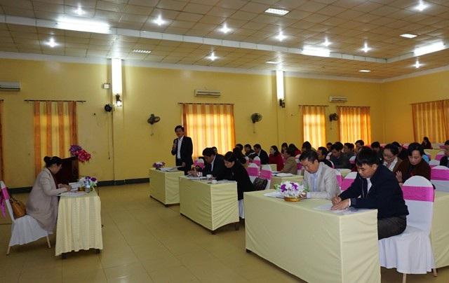 Các đại biểu kỳ họp thứ 5 HĐND tỉnh Nghệ An khóa XVII tại phiên thảo luận tổ