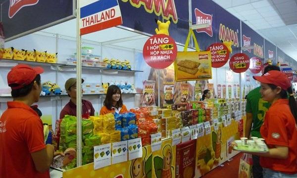 Viễn cảnh các trang mạng Việt Nam bị mua bán bởi các ông trùm bán lẻ của thế giới khiến kênh bán lẻ của Việt Nam bị phụ thuộc (ảnh minh hoạ)