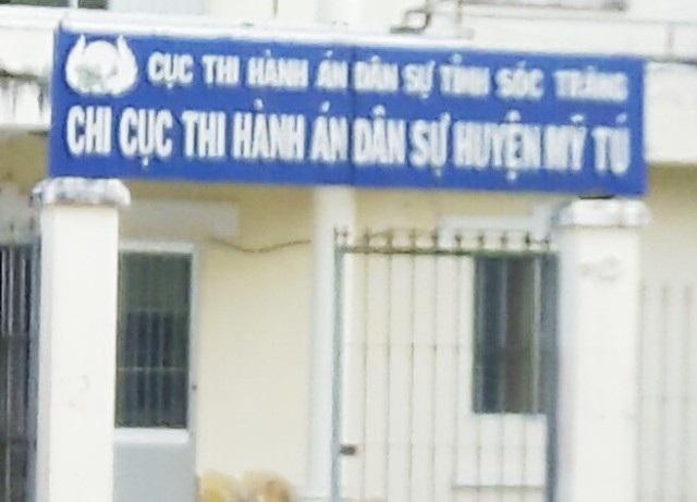 Cơ quan thi hành án huyện Mỹ Tú (tỉnh Sóc Trăng), nơi ông Văn Công Mới từng làm Chi cục trưởng và ông Nguyễn Văn Luận đang công tác.