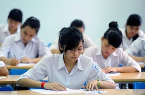 Hiện tại, đa phần các môn thi tốt nghiệp THPT kết hợp xét tuyển sinh đại học đã được thiết kế với hình thức trắc nghiệm, dễ dàng áp dụng để thí sinh làm bài trên máy tính