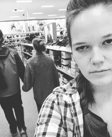 Đi mua sắm cũng chẳng còn gì thú vị