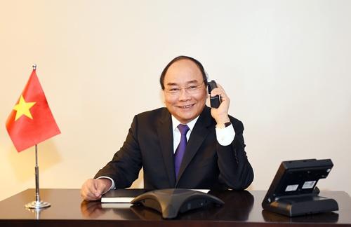 Thủ tướng Nguyễn Xuân Phúc điện đàm với một số nghị sĩ Mỹ ngày 31/5 (Ảnh: VGP/Quang Hiếu)