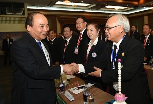 Thủ tướng gặp gỡ các doanh nhân Việt kiều tại Thái Lan sáng 19/8