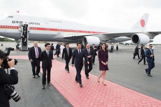 Thủ tướng Nhật Bản Shinzo Abe sẽ tới Đà Nẵng tối nay (9/11) để dự Tuần lễ Cấp cao APEC (ảnh: Reuters)
