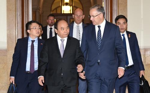 Thủ tướng thăm thành phố Rotterdam và làm việc với Thị trưởng Ahmed Aboutaleb (VGP)
