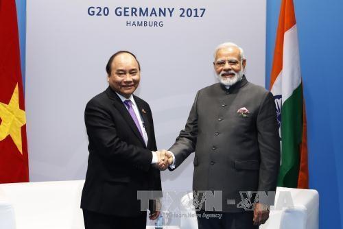 Thủ tướng Nguyễn Xuân Phúc và Thủ tướng Ấn Độ Narendra Modi (ảnh: VGP)