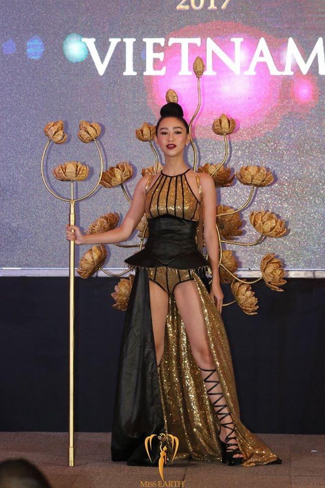 Người đẹp Việt Nam trình diễn rất cuốn hút trong phần thi này.