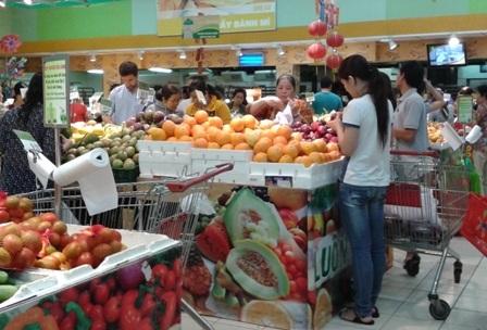 Người tiêu dùng đang phập phồng lo sợ trước vấn nạn thực phẩm kém chất lượng