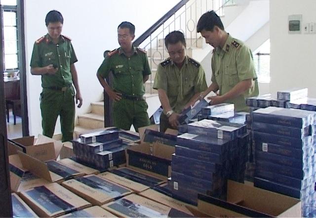 Một vụ bắt giữ thuốc lá lậu tại Huế hồi tháng 6 vừa qua
