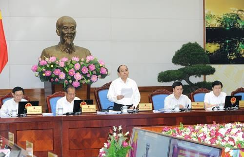 Thủ tướng khai mạc, chủ trì phiên họp giữa năm của Chính phủ với các địa phương.