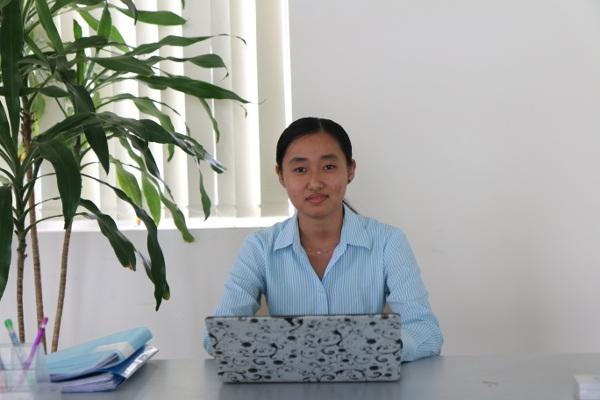 Thùy Dương - sinh viên tốt nghiệp khóa đầu tiên Đại học Tân Tạo, hiện đang giữ vị trí trợ lý cho 1 CEO người Mỹ.