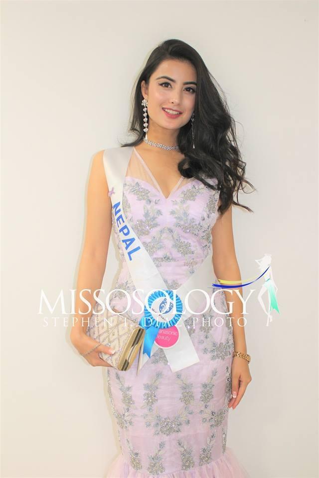 Thùy Dung đọ sắc cùng dàn thí sinh Hoa hậu Quốc tế 2017 - 38