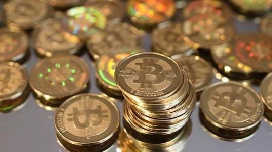 Tăng giá điên loạn của Bitcoin đang khiến thị trường tiền ảo nhiều phen chấn động