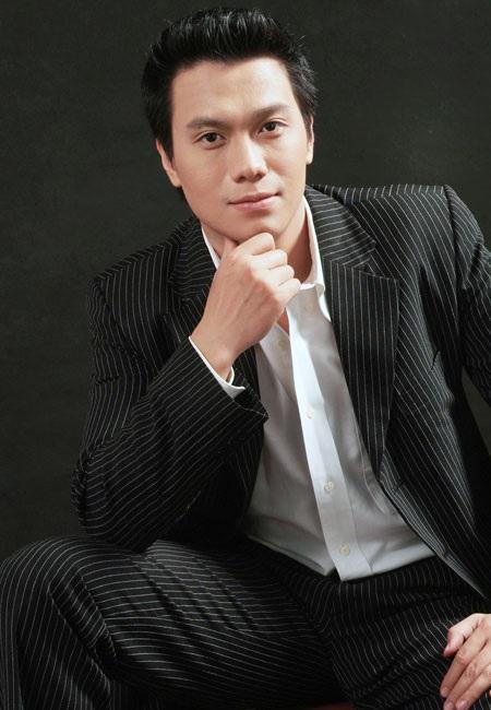 """Từ những thành công mà vai diễn Cao Thanh Lâm mang đến, hình ảnh của Việt Anh luôn xuất hiện với các vai diễn """"công tử, đào hoa"""""""